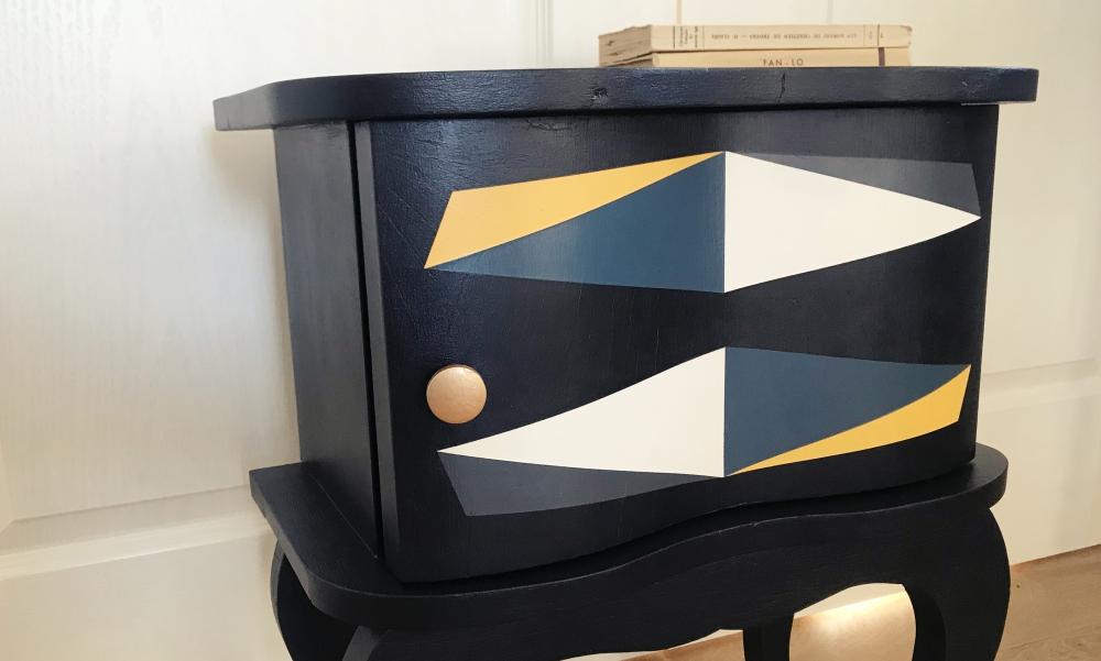 Chevet arqué années 40 relooké - KindofWood meuble