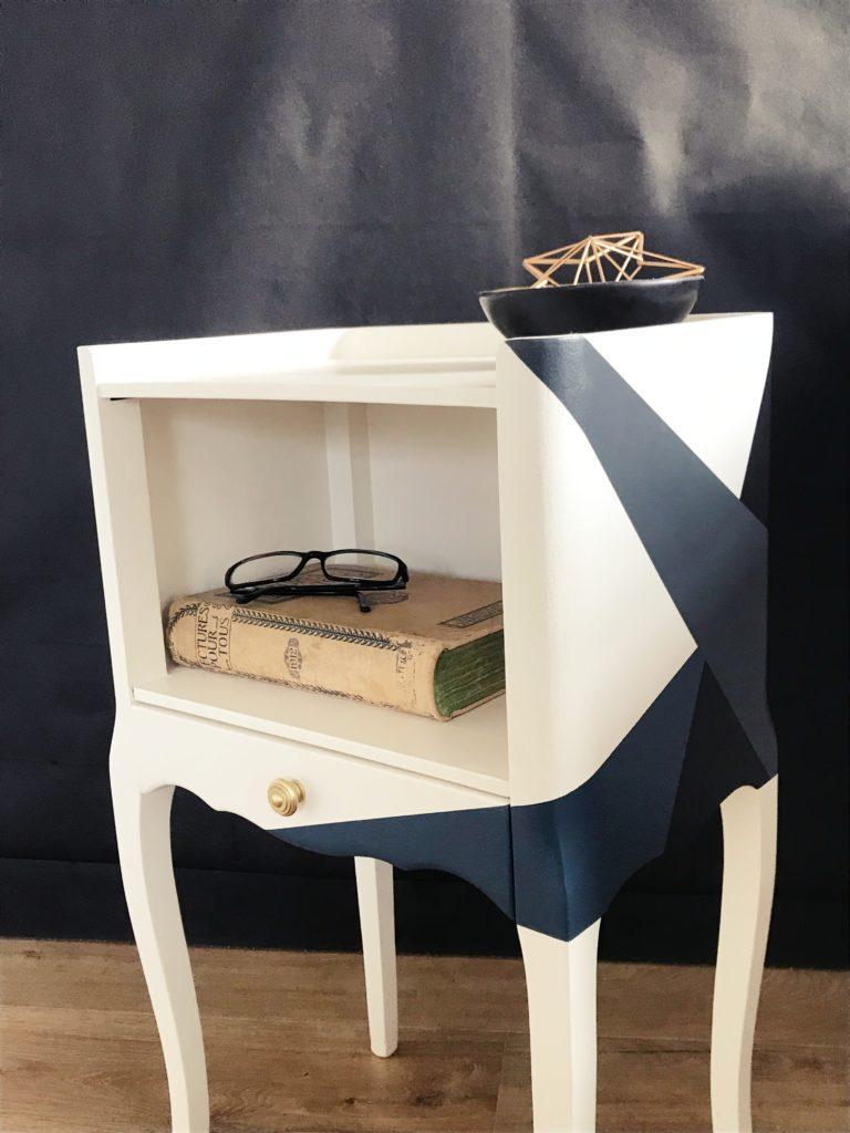 Chevet ancien relooké, design graphique - KindofWood meuble